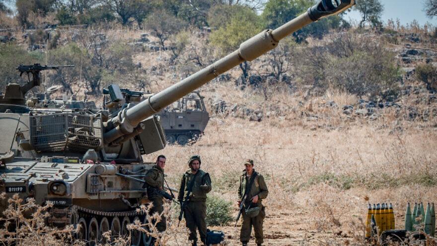 Israel Defense Forces artillery units deployed near the Lebanese border outside Kiryat Shmona, Sept.1, 2019. Photo by Basel Awidat/Flash90.
