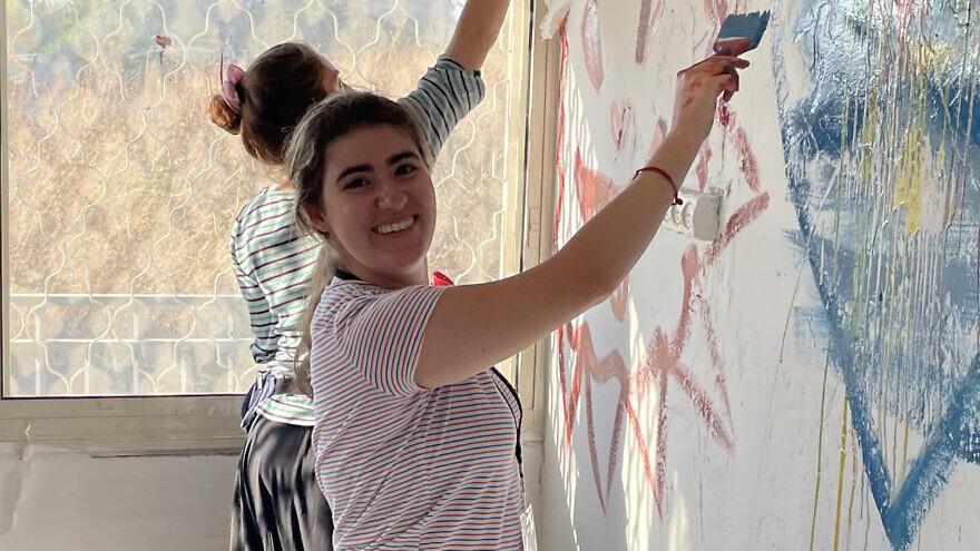 JNF-USA Alternative Break participants volunteering in Israel