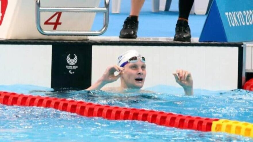 Israeli Paralympic swimmer Mark Malyar finishes his gold-medal event, Aug. 27, 2021. Photo by Lilach Weiss/IPC.