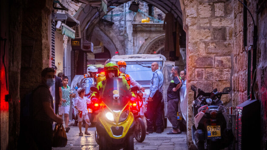 Police near the scene of an attempted stabbing in Jerusalem's Old City, on Sept. 10, 2021. Photo by Olivier Fitoussi/Flash90.