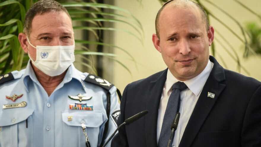 Israeli Prime Minister Naftali Bennett and Police Chief Yaakov Shabtai during an inauguration ceremony marking the opening of a new police station in Kiryat Ata, Aug. 11, 2021. Photo by Roni Ofer/Flash90.