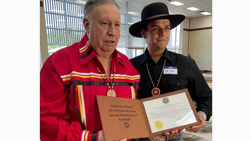 Northeast Alabama Cherokee Chief Larry Smith and Seth Penn. Credit: John Buhler/AITF.
