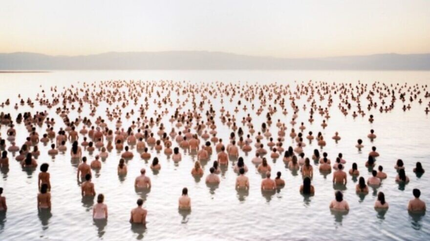 A photo from Spencer Tunick's 2011 installation of the Dead Sea. Credit: Courtesy of Spencer Tunick.